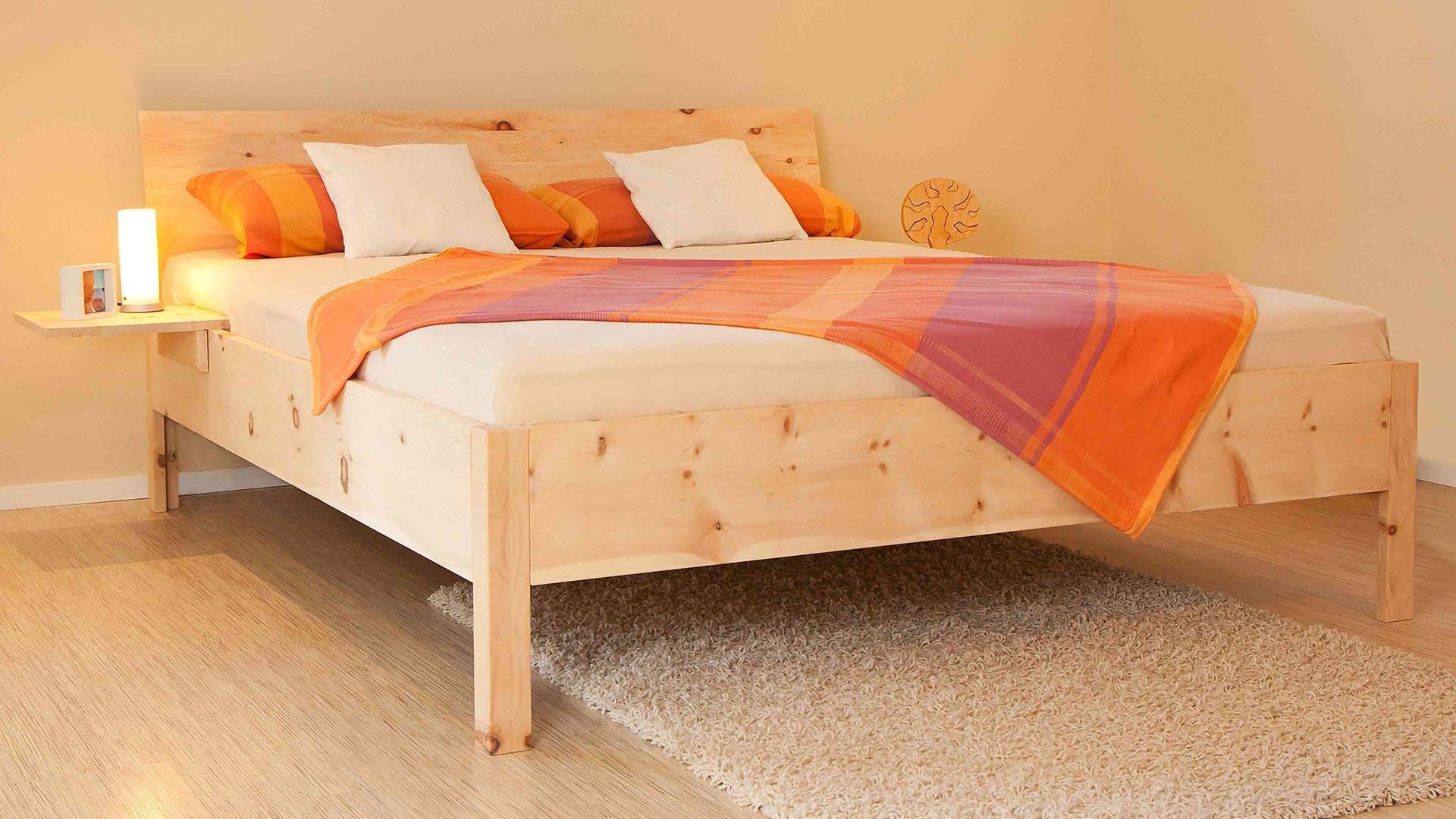 Zirbenholzbett-Zirbenschlaf