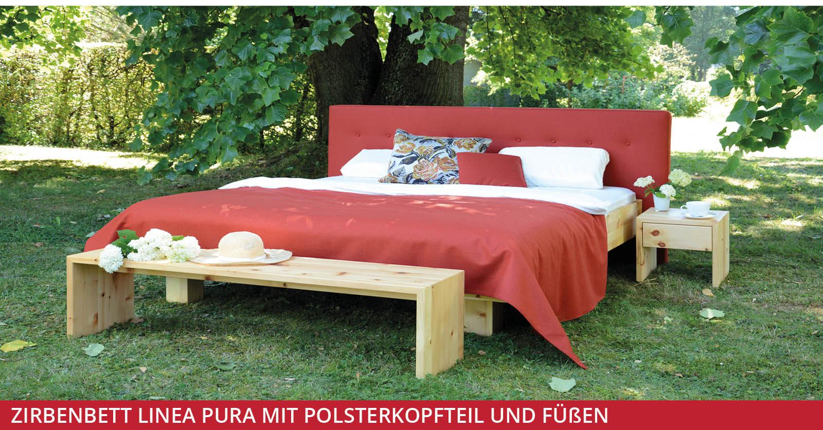 Zirbenbett-Linea-Pura-mit-Polsterkopfteil-und-Füßen-1