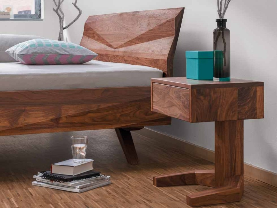 Holzbetten von Designer - Bett Gabo in Nussbaum