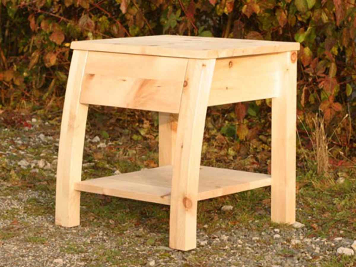 Nachttisch Akzent Zirbenholz Holzschmiede