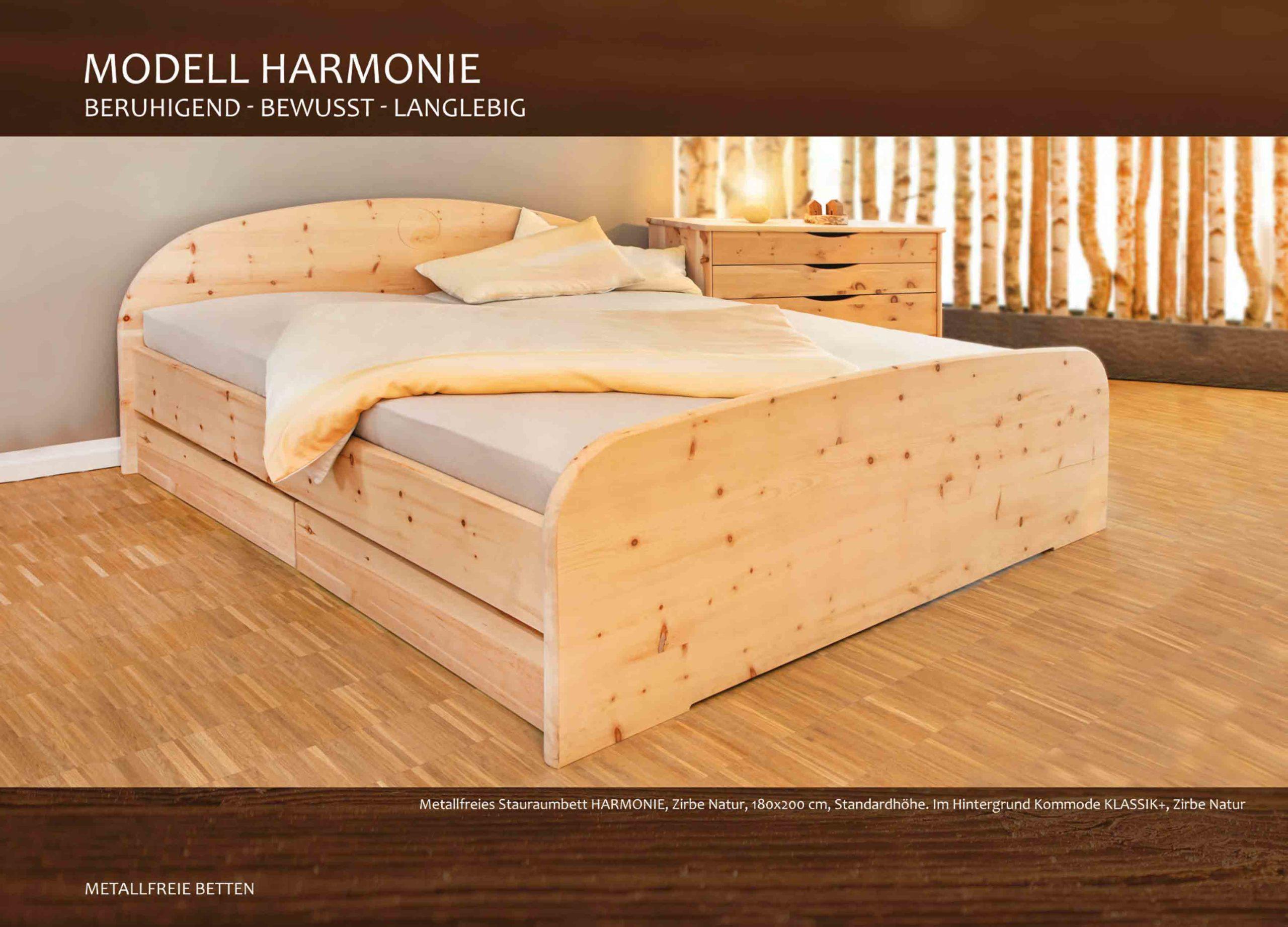 Zirbenholzbett Harmonie das massive Stauraumbett