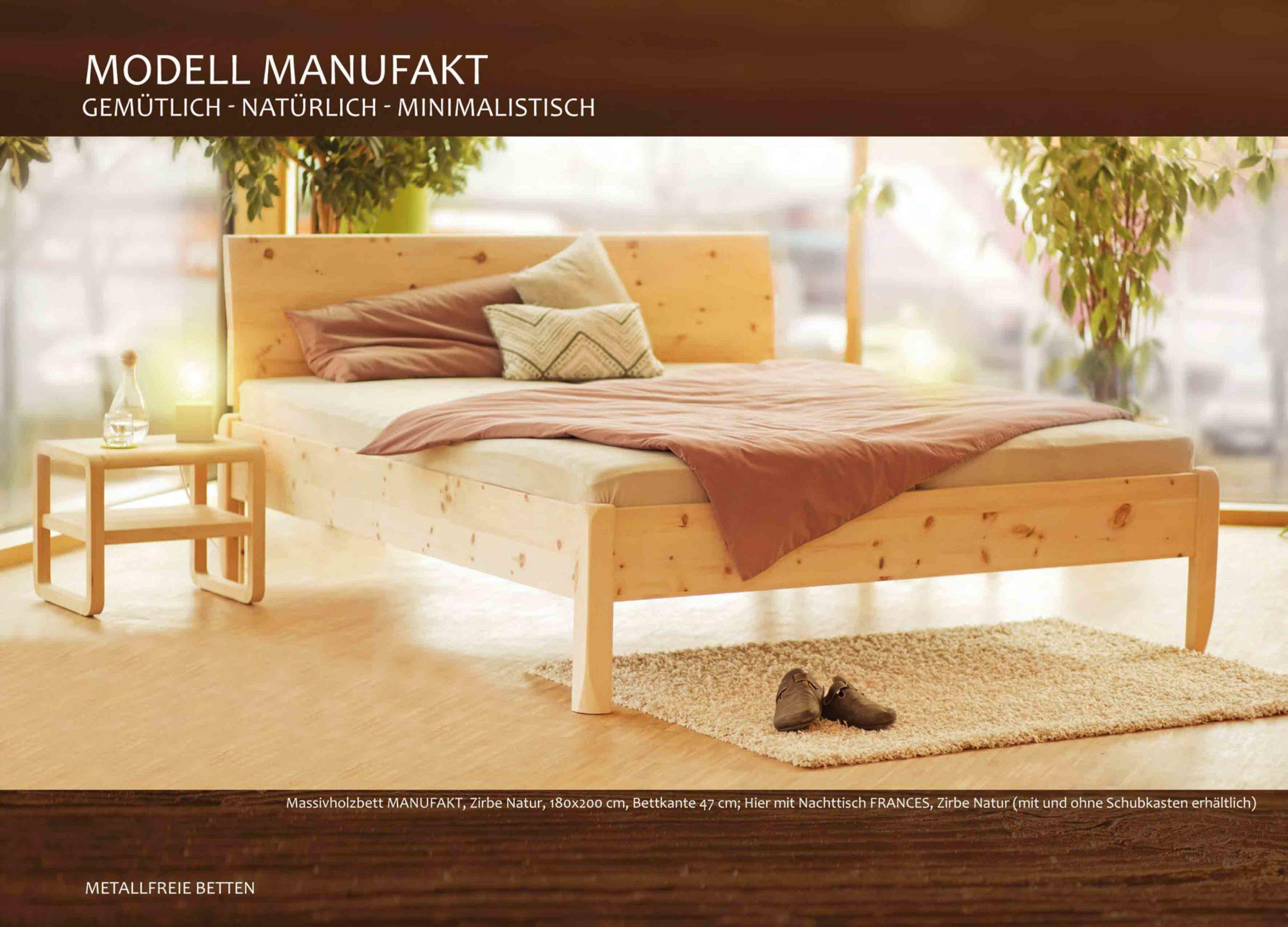Zirbenholzbett Manufakt mit geschwungener Rückenlehne