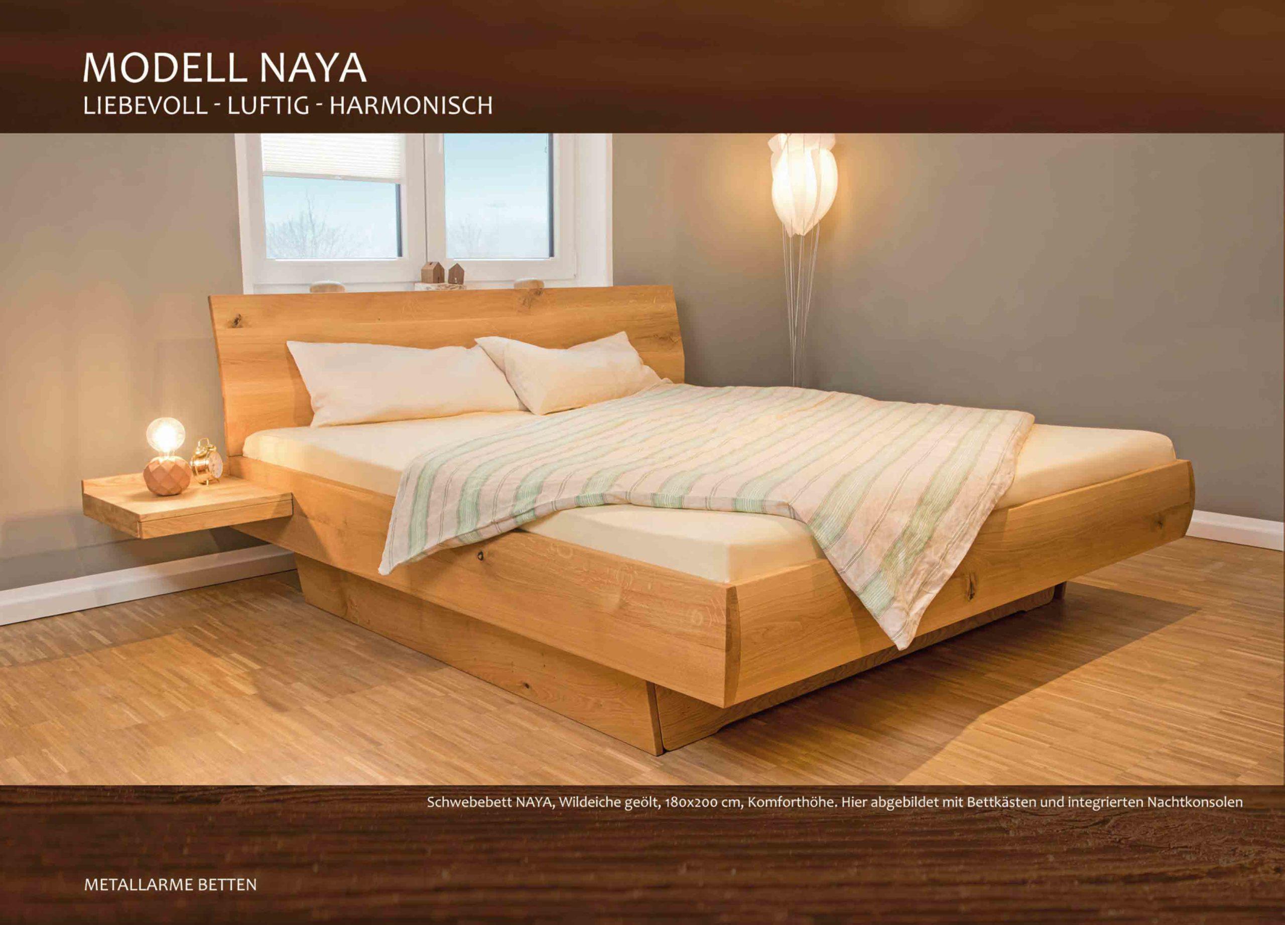 Massivholzbett Wildeiche Schwebebett Naya mit Bettkästen