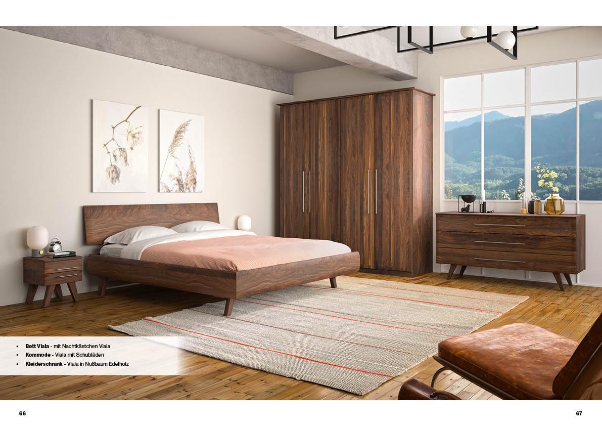 schlafzimmer-nussbaum-massivholz-bett-viala-kommode-schrank