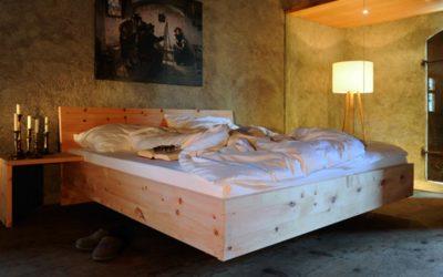 Tiroler Zirbenbett für gesunden Schlaf